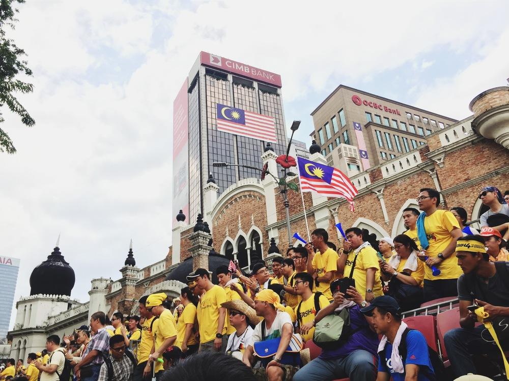 The 200,000 strong crowd at Dataran Merdeka.
