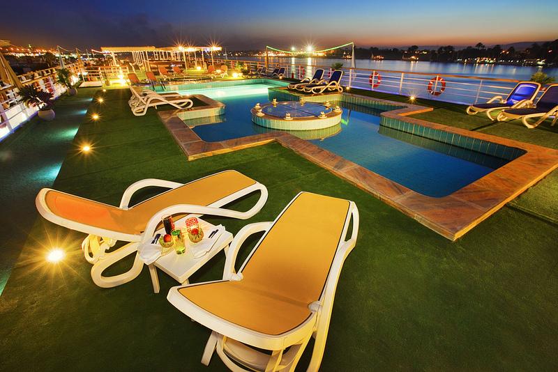 01- Alhmbra Nile cruise (6).jpg