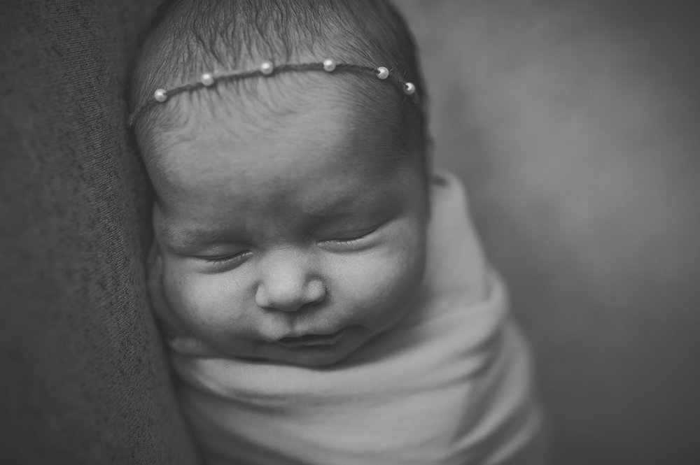 Newborn-Photographer-Denver