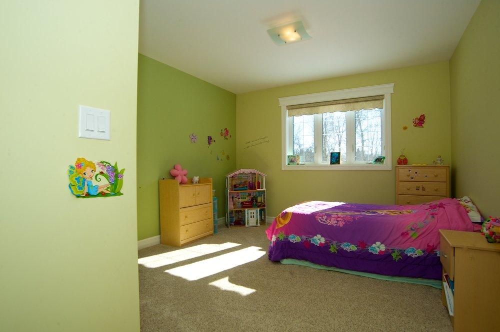 Husavik Bedroom.jpg