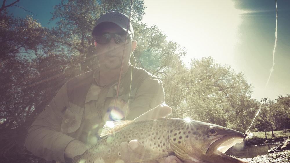 Fish and Hooking Fish.00_03_34_02.Still058.JPG