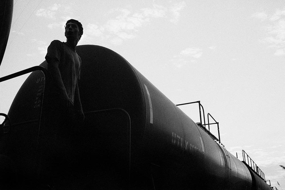 oiltankerworking.jpg