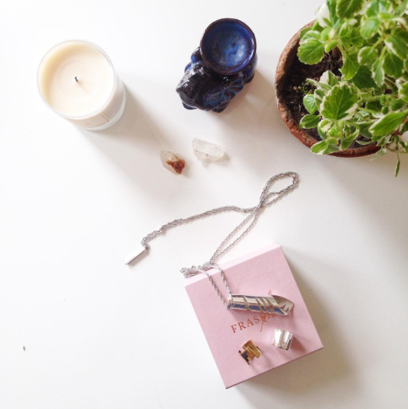 FRASSAÏ essentials - jewelry & scented candle
