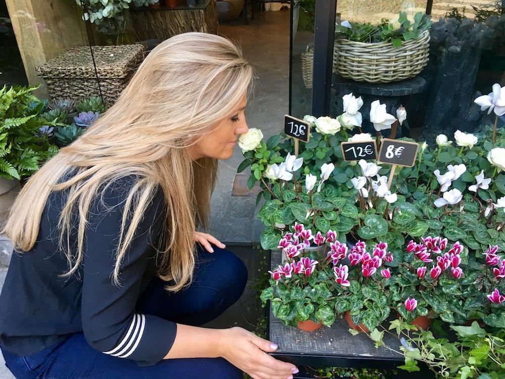 Roxanne Kirkpatrick Hunter ~ Perfumer