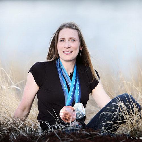 Kristina Groves, entrepreneure, conférencière et quadruple médaillée olympique en patinage de vitesse