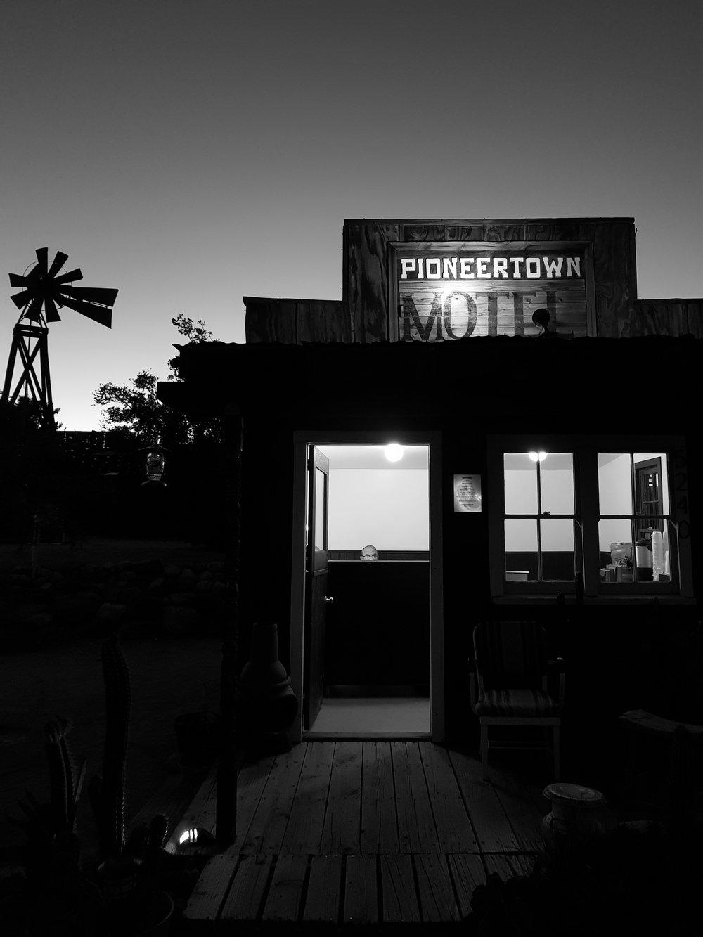 pioneertown motel.jpg