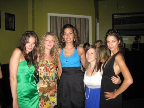 Jennifer Steele, photographer Michelle, friends Maggie, Kate, Zara