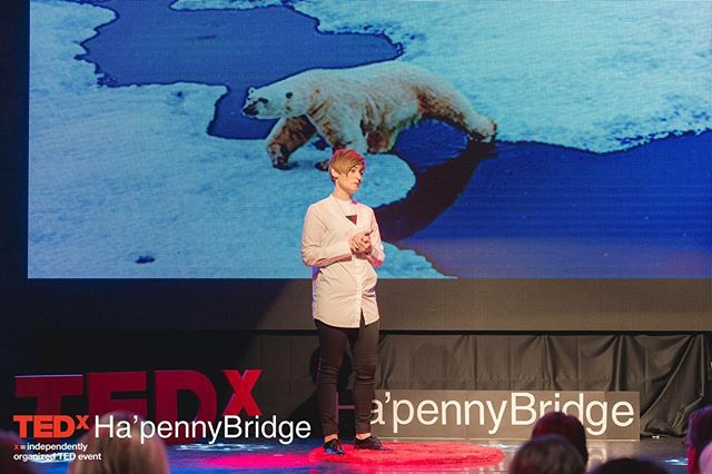 Insects are #food that could feed the world & make a positive impact on #climatechange 🌍 @lara_hanlon shares why with @tedx_official youtu.be/82OVNjpbid8 👈 (link in bio) . . . #eatbugs #edibleinsects #sustainableliving #environment #change #TEDx #design #foodforlife #foodofthefuture #entomophagy #entomofood #healthy #tasty #sustainable #natural #crickets #protein