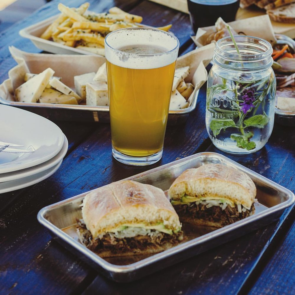 Torta y cerveza, Torta and a craft beer. Photo credit: LUPE