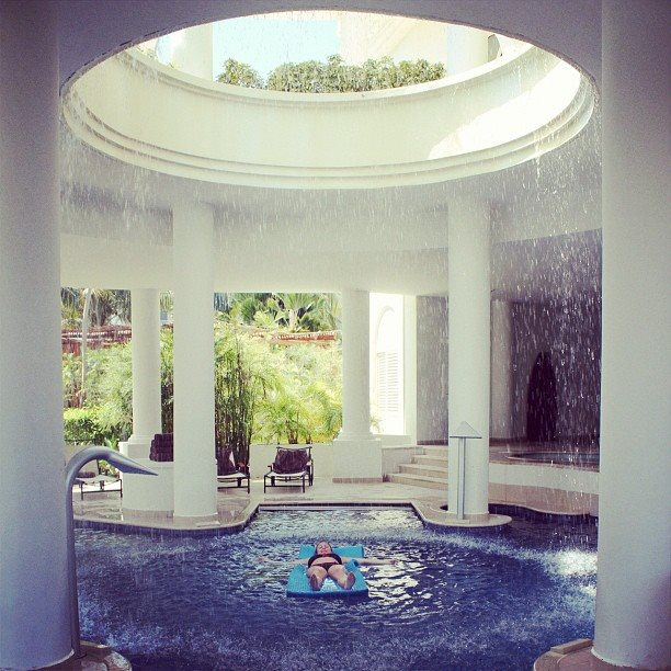 Relax in the indoor Miile spa. Photo credit: Excellence Riviera Cancun