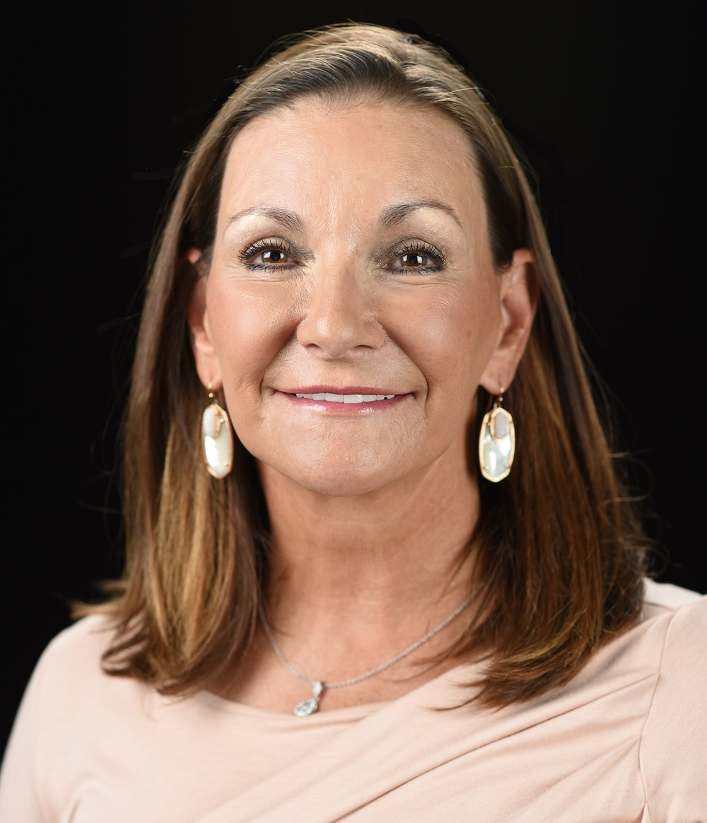 "As  Bama 's Chief Executive Officer, Paula provides strategic leadership and direction to the entire organization. Her vision stands as a beacon for Bama team members, inspiring the organization to achieve the Bama mission – ""People Helping People Be Successful"". Paula assumed responsibility as CEO of the Bama Companies in 1984, which now includes Bama Pie, Bama Foods, Bama Frozen Dough, Beijing Bama and Bama Europa. Under her leadership Bama has expanded to provide a wide variety of frozen desserts and baked goods to fast food chains and casual and family dining restaurants."