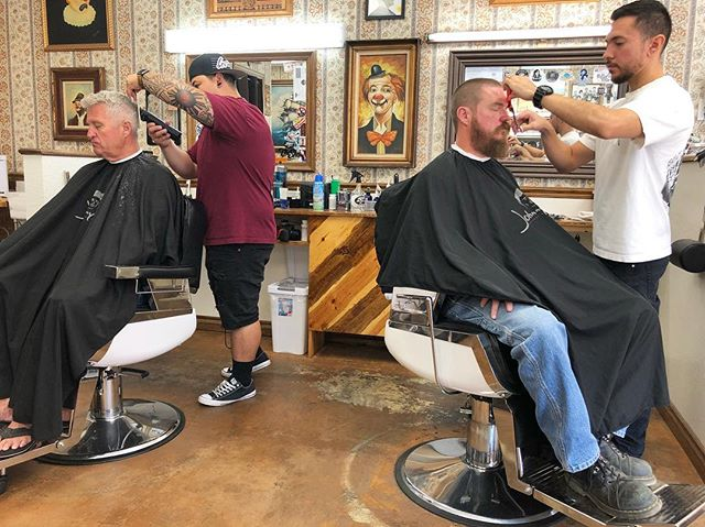 Just another day in the barbershop!  Make an appointment now or walk in on and wait on Saturday.  #camarillosfinest #barbershop #1927camarillo #1927barbershop #shinergold
