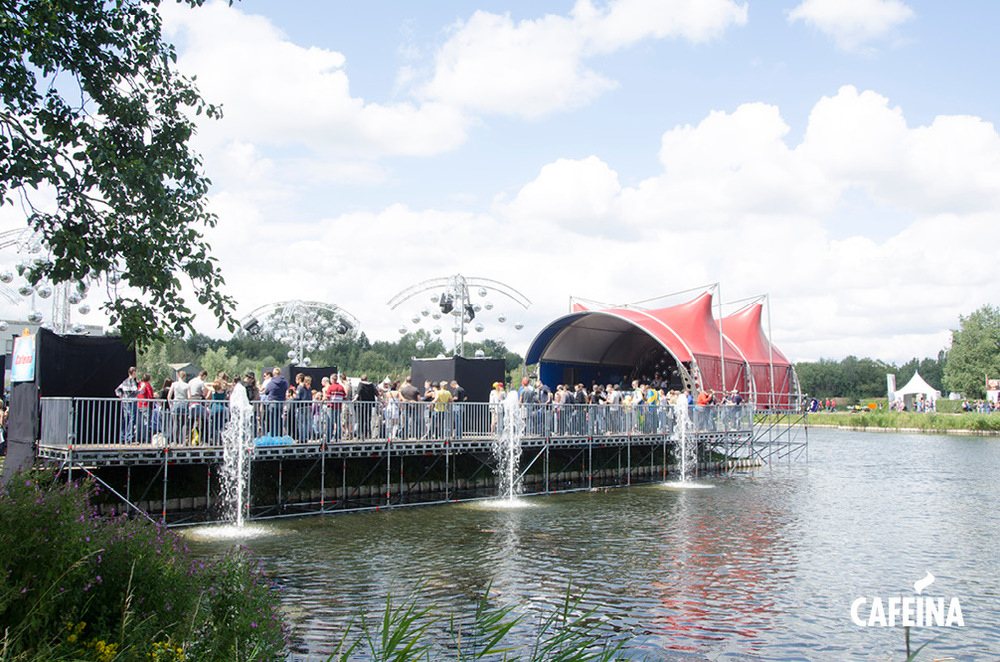 2011_cafeina Tomorrowland_foto2.jpg