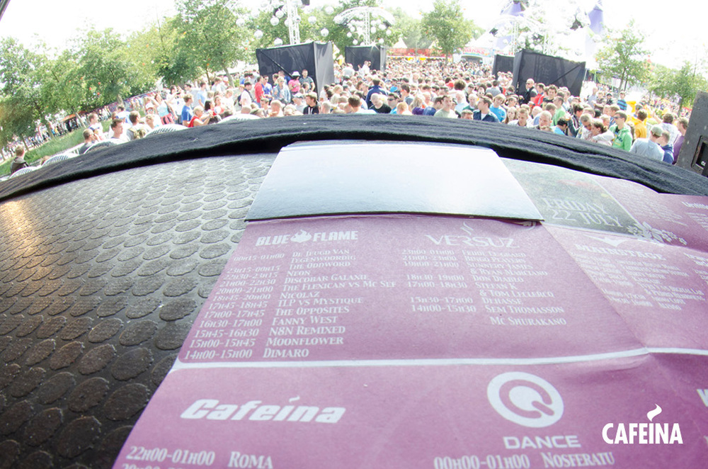 2011_cafeina Tomorrowland_foto9.jpg