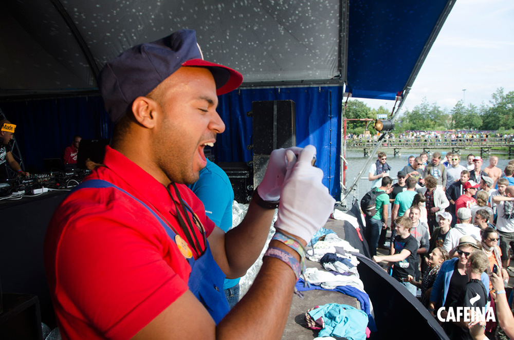 2011_cafeina Tomorrowland_foto12.jpg