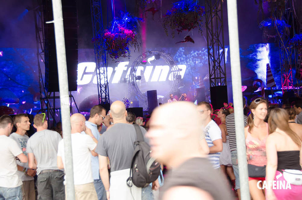 2011_cafeina Tomorrowland30.jpg