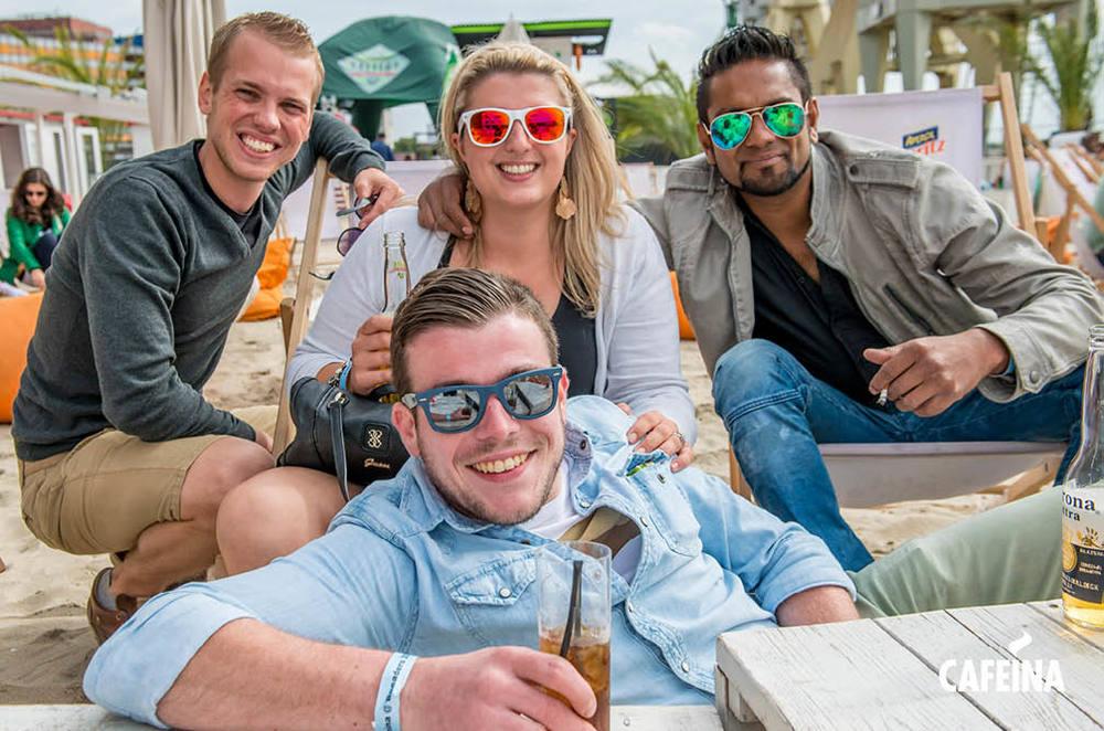 2013_cafeina Beach2.jpg