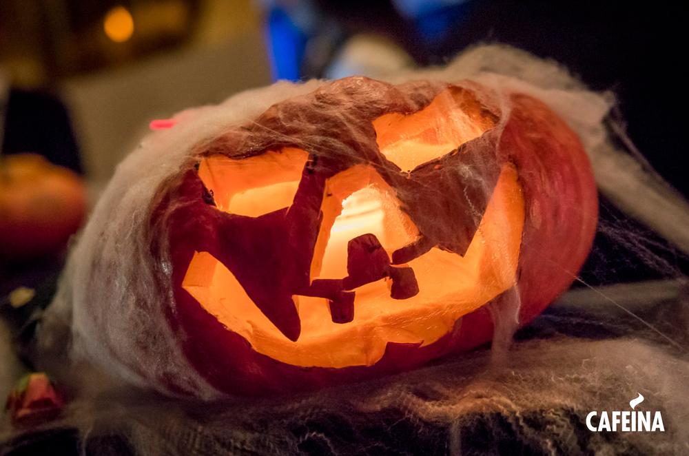 2015_Cafeina Halloween2.jpg