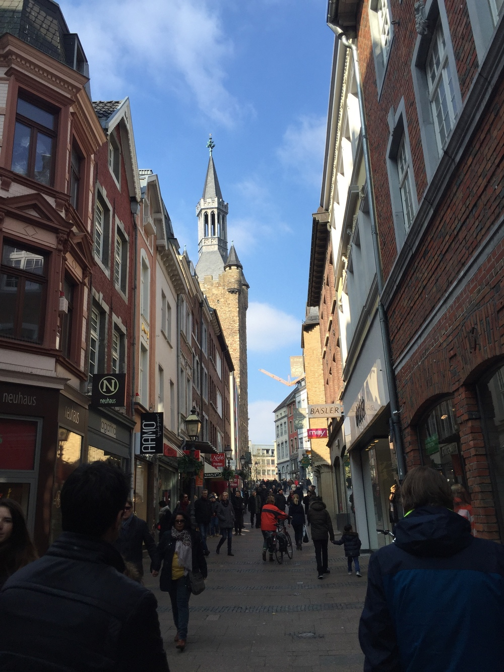 So many beautiful, sunny days in Aachen! Unfortunately, we're back to cold and rainy for the time being.