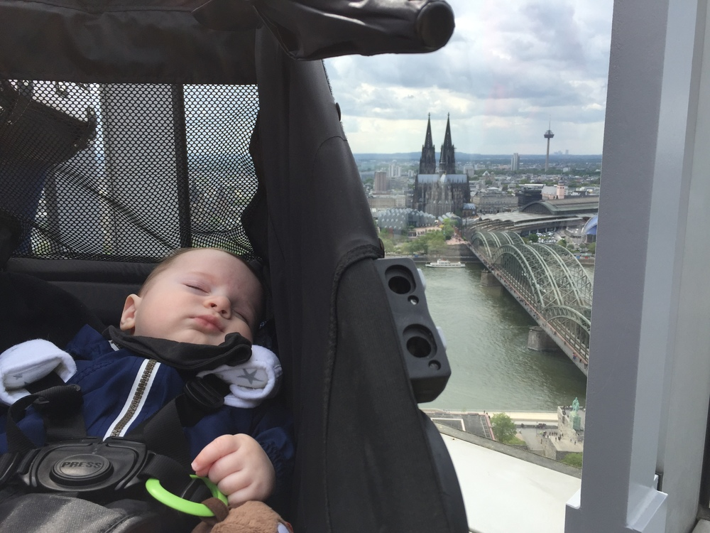 Miles was enjoying a nap, but he still got his selfie with the Cologne skyline :)