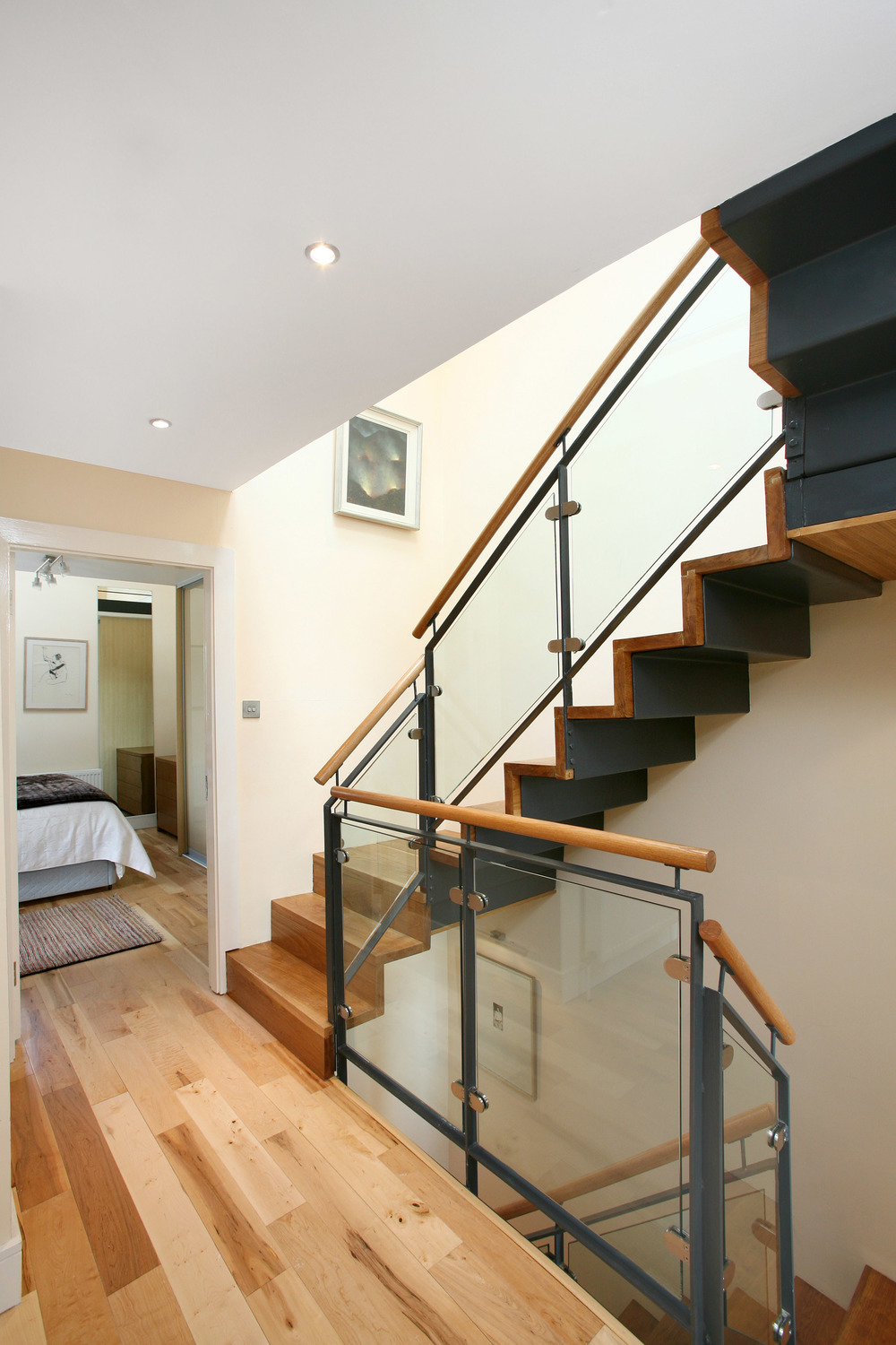 Staircase_Steel_Oak_Dublin.jpg
