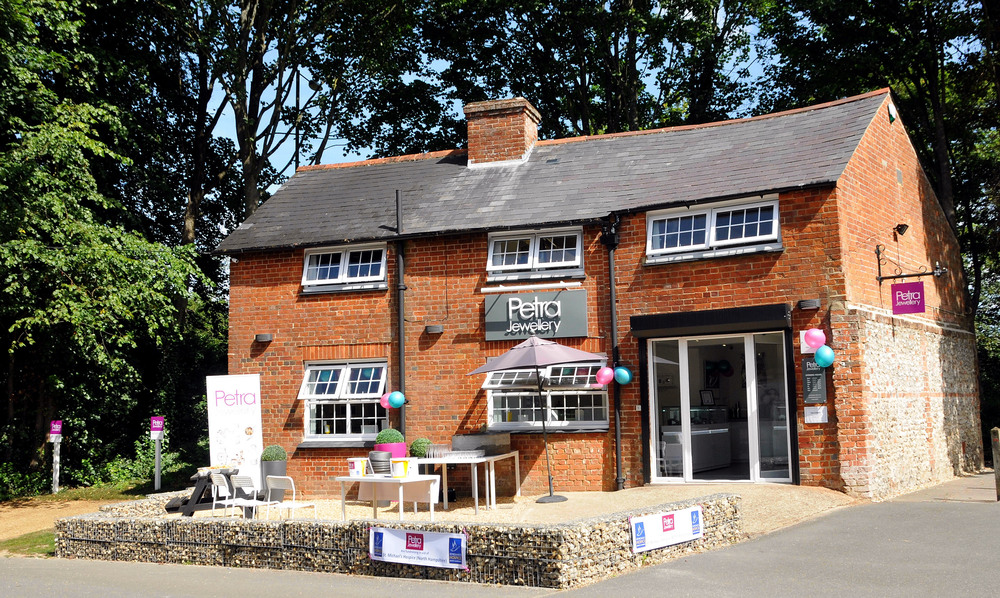 THE COTTAGE AT THE VIABLES CRAFT CENTRE, BASINGSTOKE