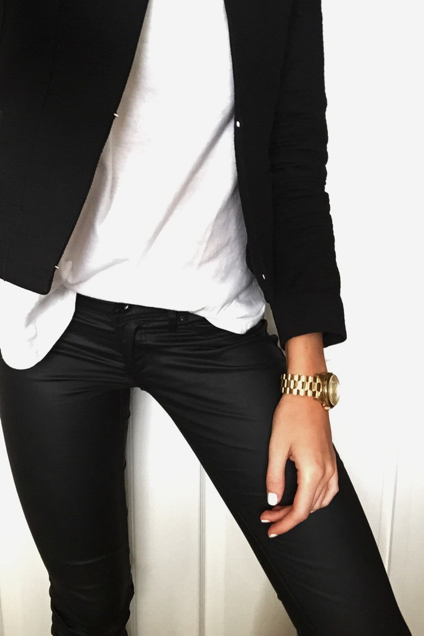 Back to Basics Today's look was very simple- H&M leather look trousers, with a white tee and a fitted black blazer. //SHE