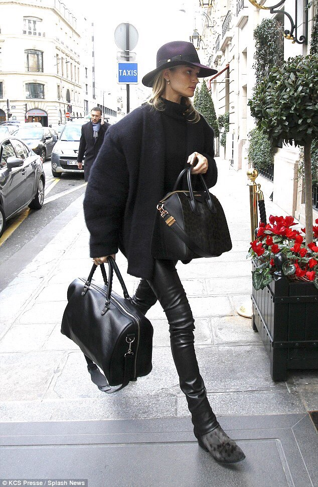 Street Inspo RHW does it best! Love this Oversized Coat & Pony Hair Boots. //SHE