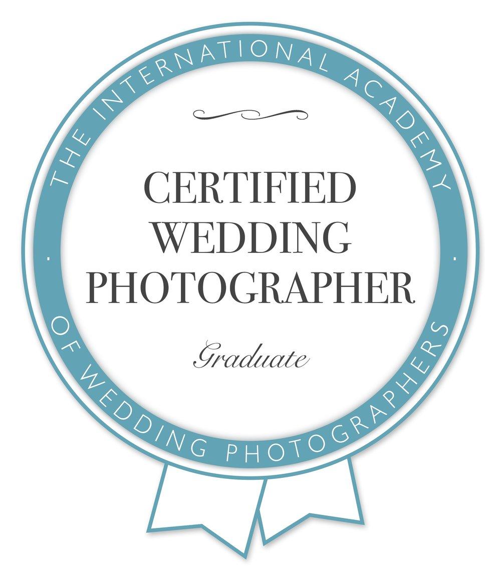Certificate Badge graduate no date.jpg