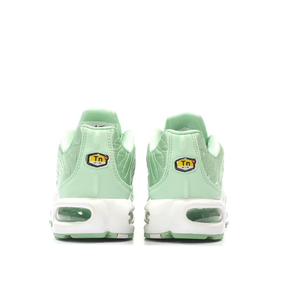 nike-wmns-air-max-1-plus-se-tn-qs-enamel-green-white-830768-331-4.jpg