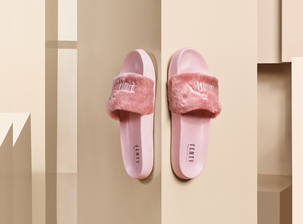 16SS_SP_Sportstyle_xRihanna-Fenty-Slide_Product-Pink_01-126_Ext-CMYK.jpg