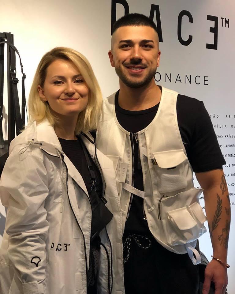 Juliana Del Popolo Matayoshi  e  F  elipe Matayoshi  diretor criativo da marca ( Ton Gomes )