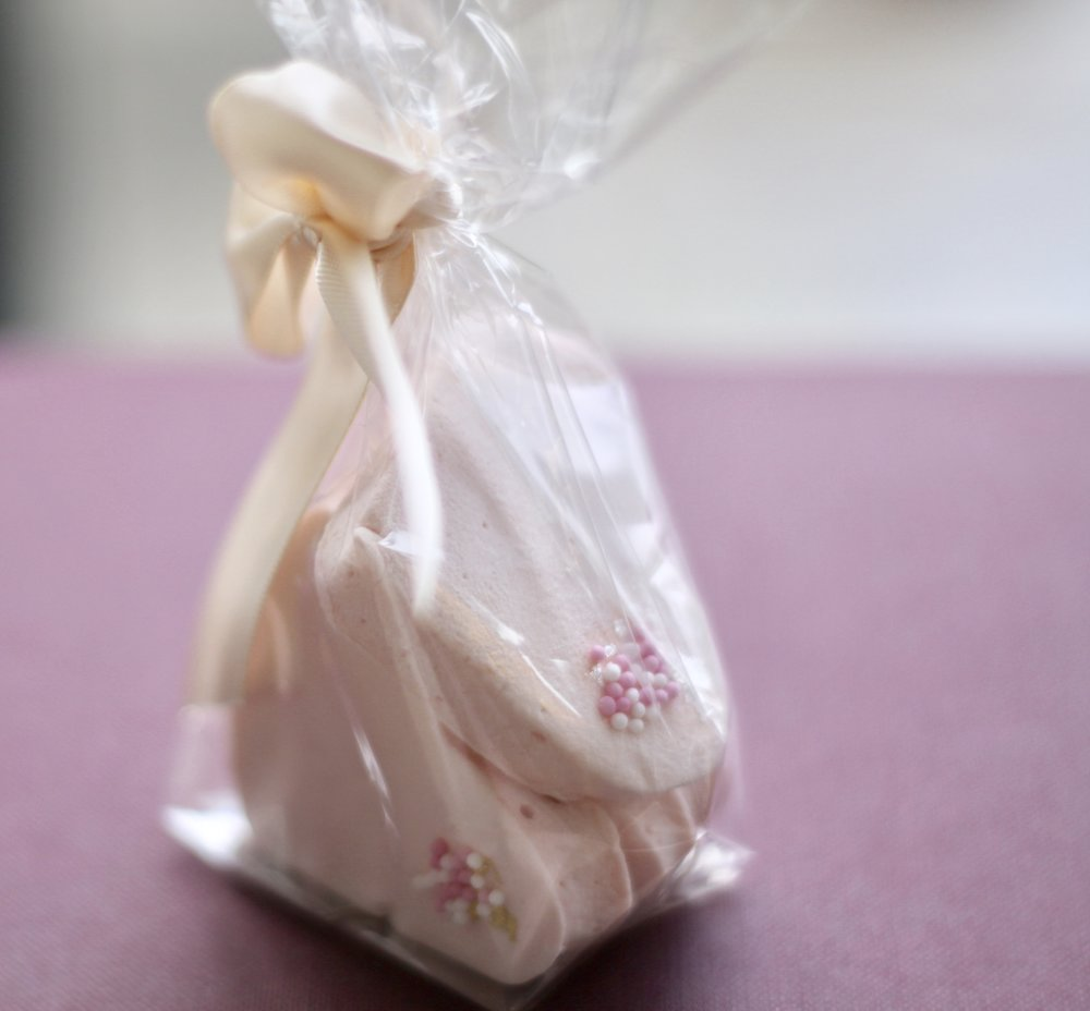 Blush Rose Petal Hearts - choose our delicate blush marshmallow hearts and request a choice of gold or silver leaf, rose petals or pink and white sprinkles (as shown in picture)
