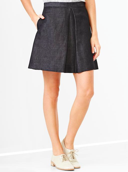 Gap Single-Pleat Chambray Skirt.
