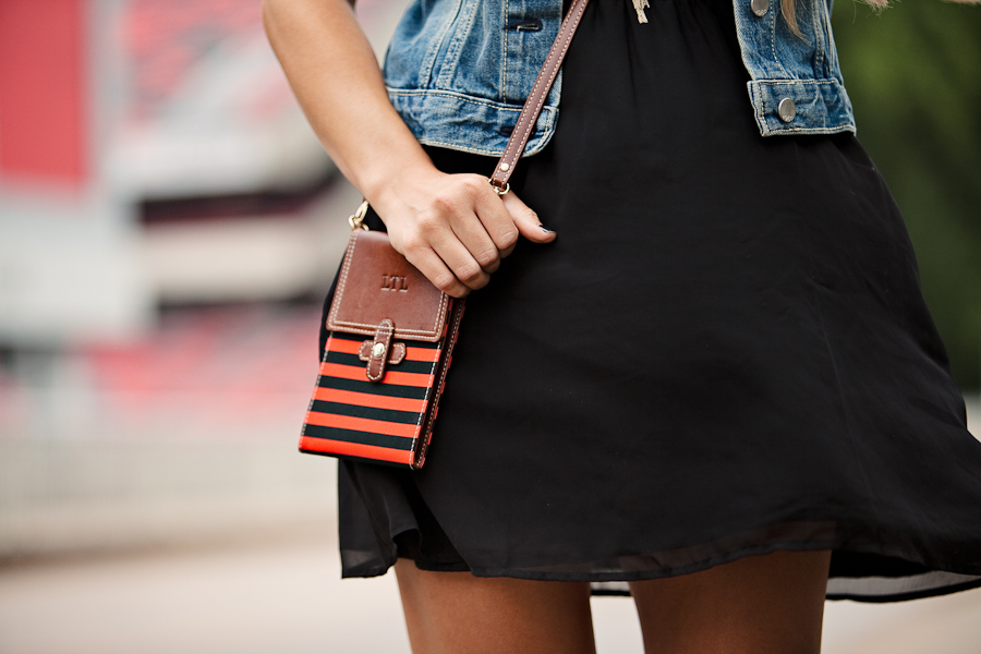 The Barrington Gifts Stadium Crossbody Bag.