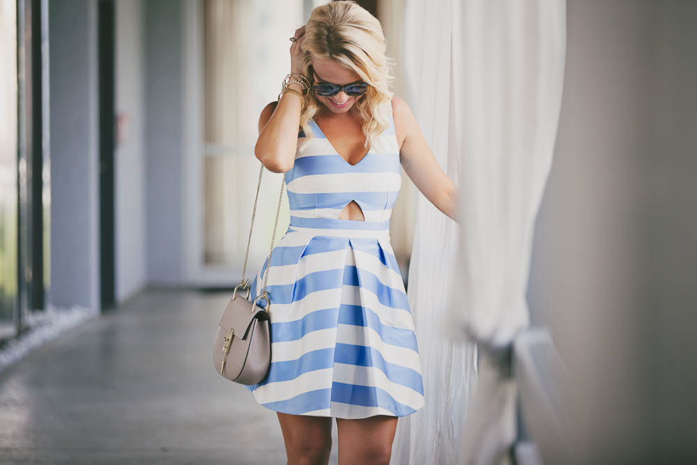 bluewhitedress-2 (1).jpg