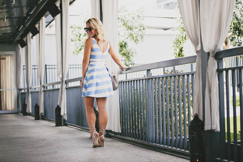 bluewhitedress-7.jpg