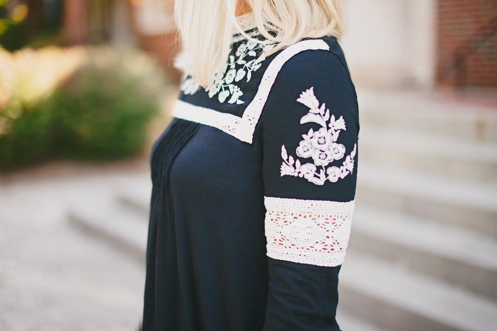 blackdress-4.jpg