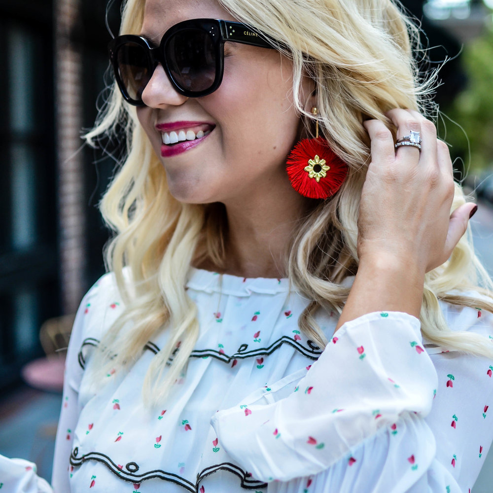 These Baublebar Rosita Drop  earrings also come in black!