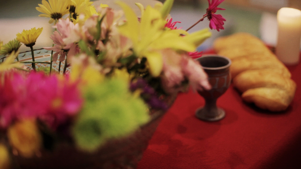 Flowers_bread_communion-table.jpg