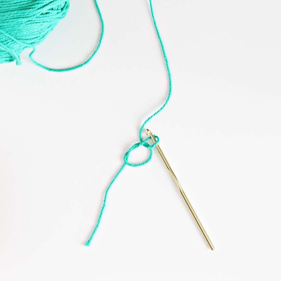magic circle crochet tutorial - darling be brave