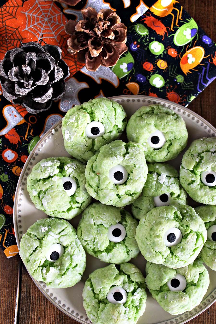 monster eye halloween cookies. — darling be brave