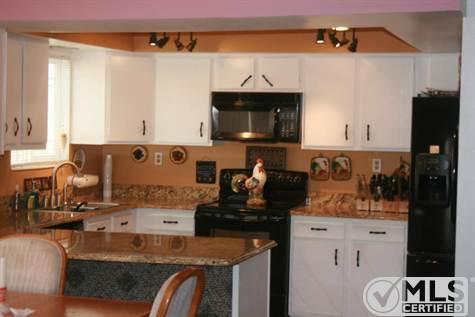 home update: little kitchen reveal // via www.darlingbebrave.com