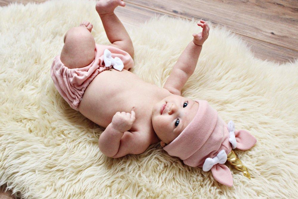 madison the unicorn - sweet newborn unicorn outfit // via www.darlingbebrave.com