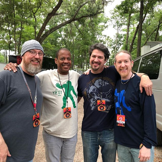 It's us... with Willie Green. In a Yeti shirt! Can you believe it?