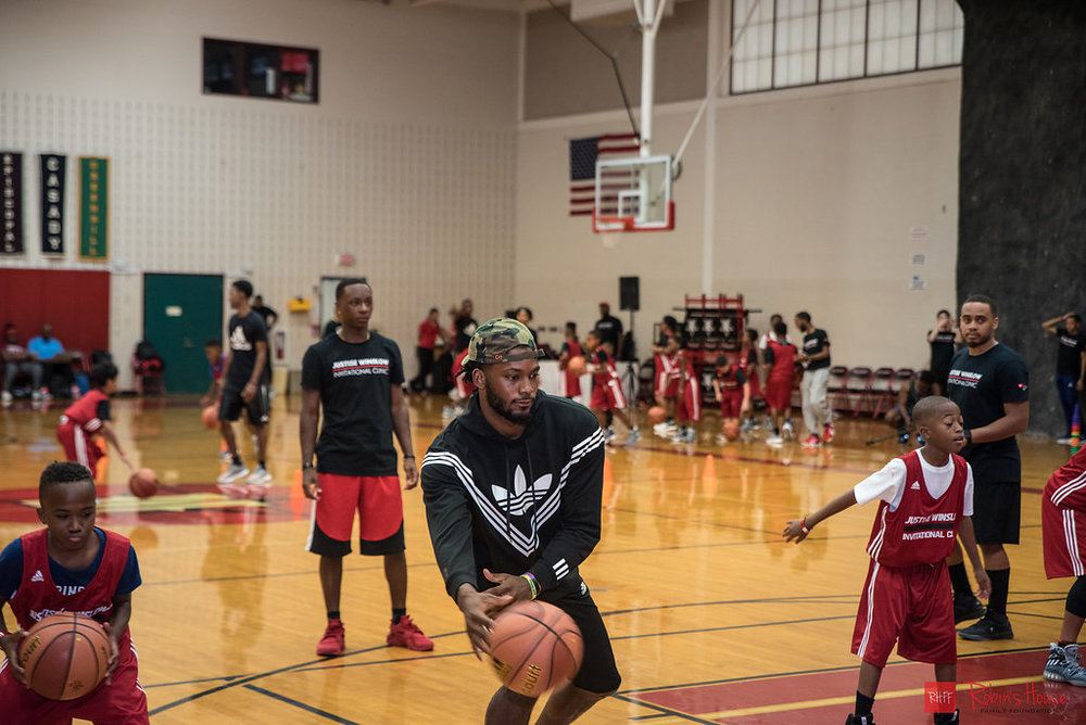 rhff_basketball_clinic_saturday-40.jpg