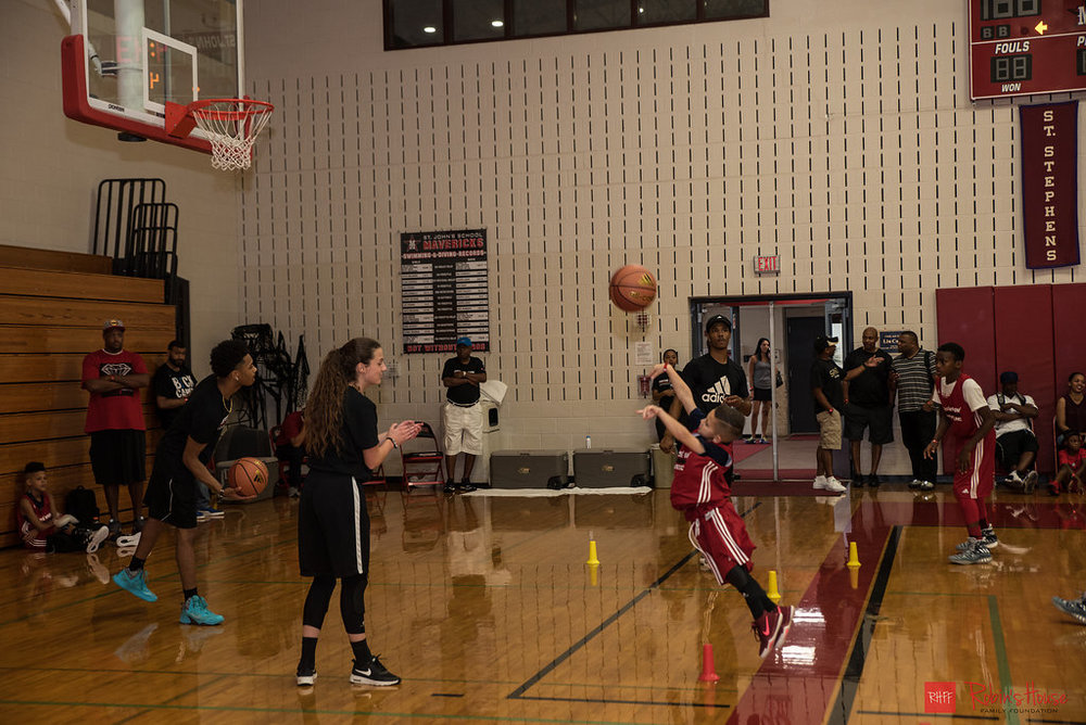 rhff_basketball_clinic_saturday-55.jpg