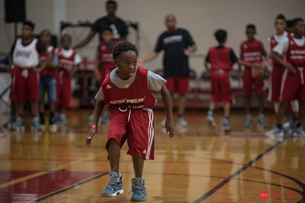 rhff_basketball_clinic_sunday-11.jpg