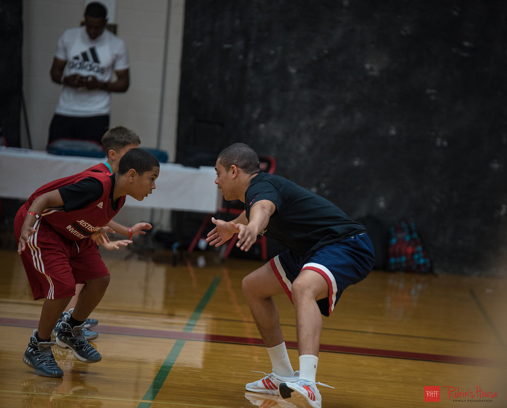 rhff_basketball_clinic_sunday-14.jpg