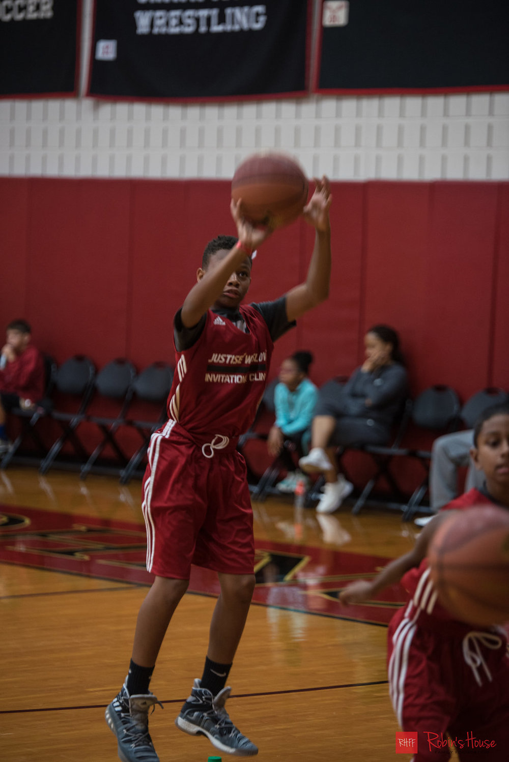 rhff_basketball_clinic_sunday-15.jpg